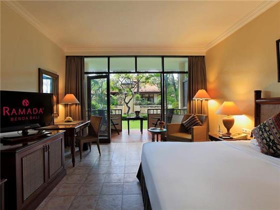 【简介】酒店位于巴厘岛努萨杜瓦区