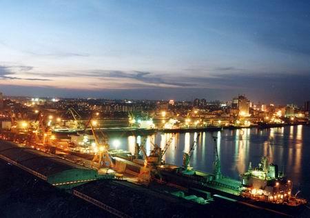 旅游景点 中国 广东省 湛江 湛江港  湛江港纠错 湛江港位于雷州半岛